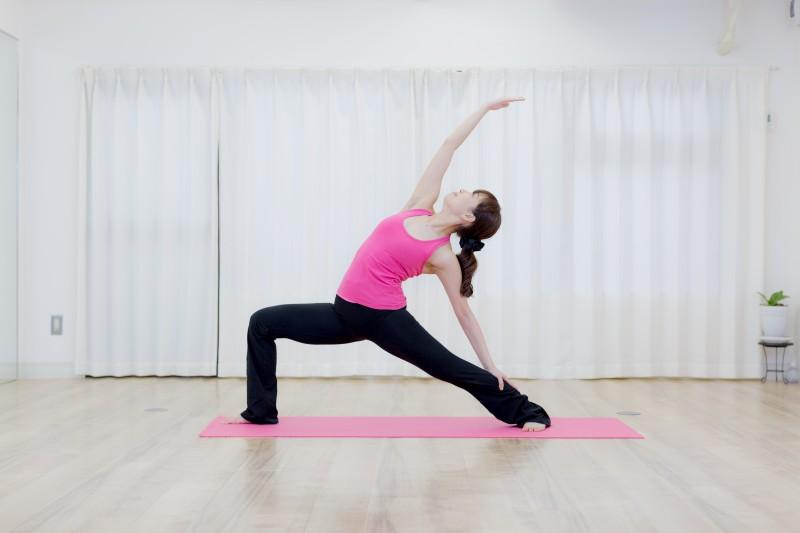 Rena's yoga代表 芦澤玲奈です。